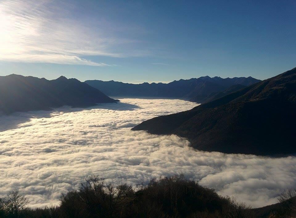 Mare di nebbia in ossola meteo live vco - Sopra un mare di specchi si vola ...