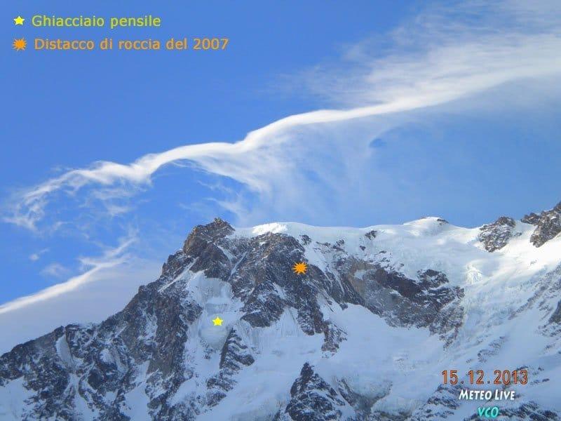 Ghiacciaio-pensile-e-distacco-di-roccia15-12-2013