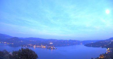 Webcam Pella lago d'Orta.